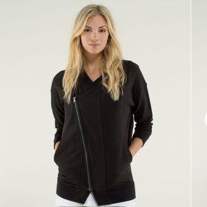 Lululemon 8 Mula bundle wrap black sweater zipper